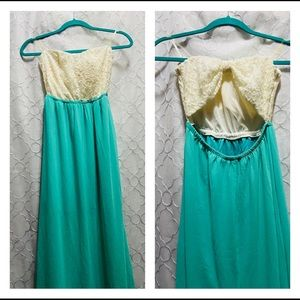 🦋 Turquoise Maxi Dress with White Lace Bow back
